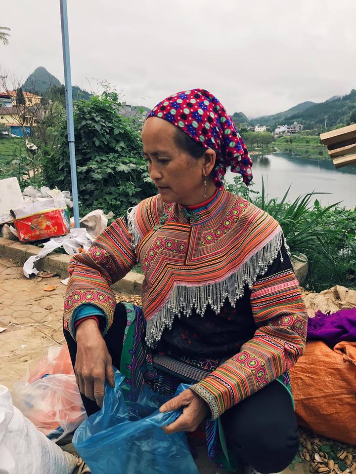 Cho Phien Bac Ha Lao Cai (18)