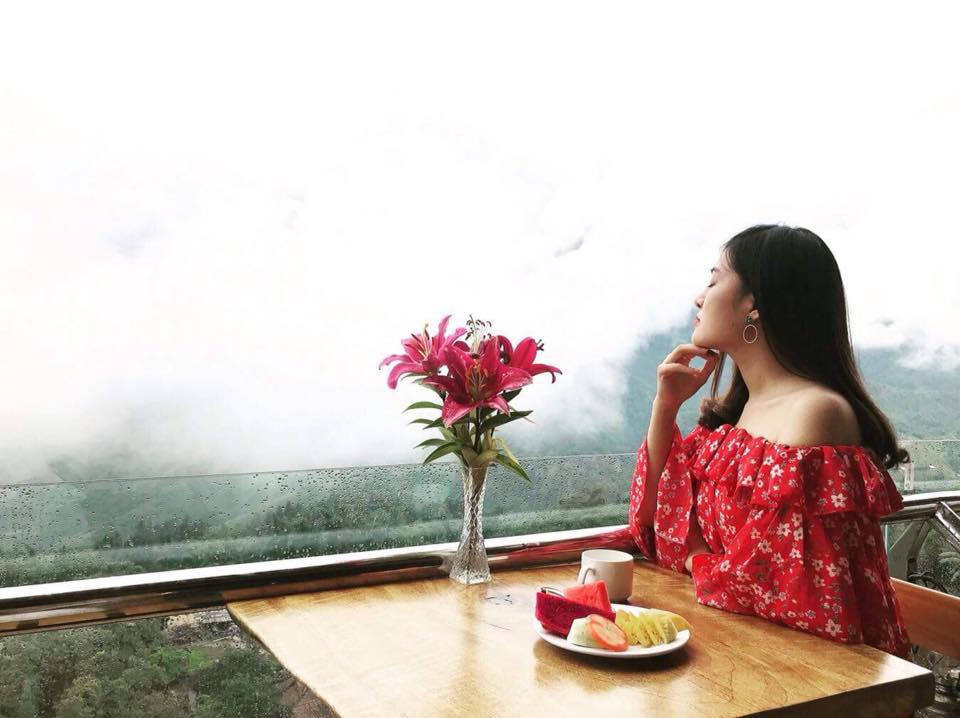 Sapa Sky View Restaurant & Bar (2)