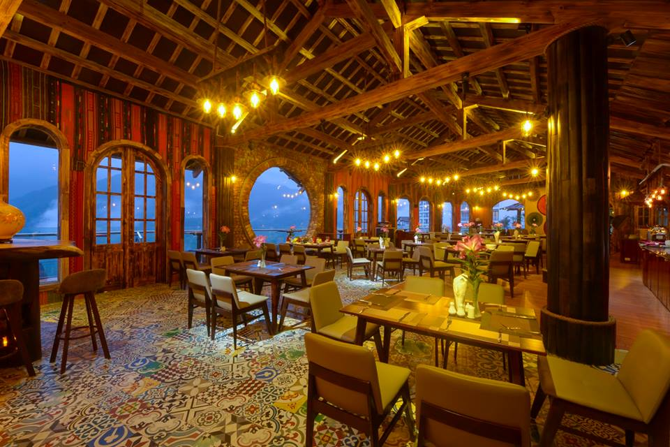 Sapa Sky View Restaurant & Bar (4)