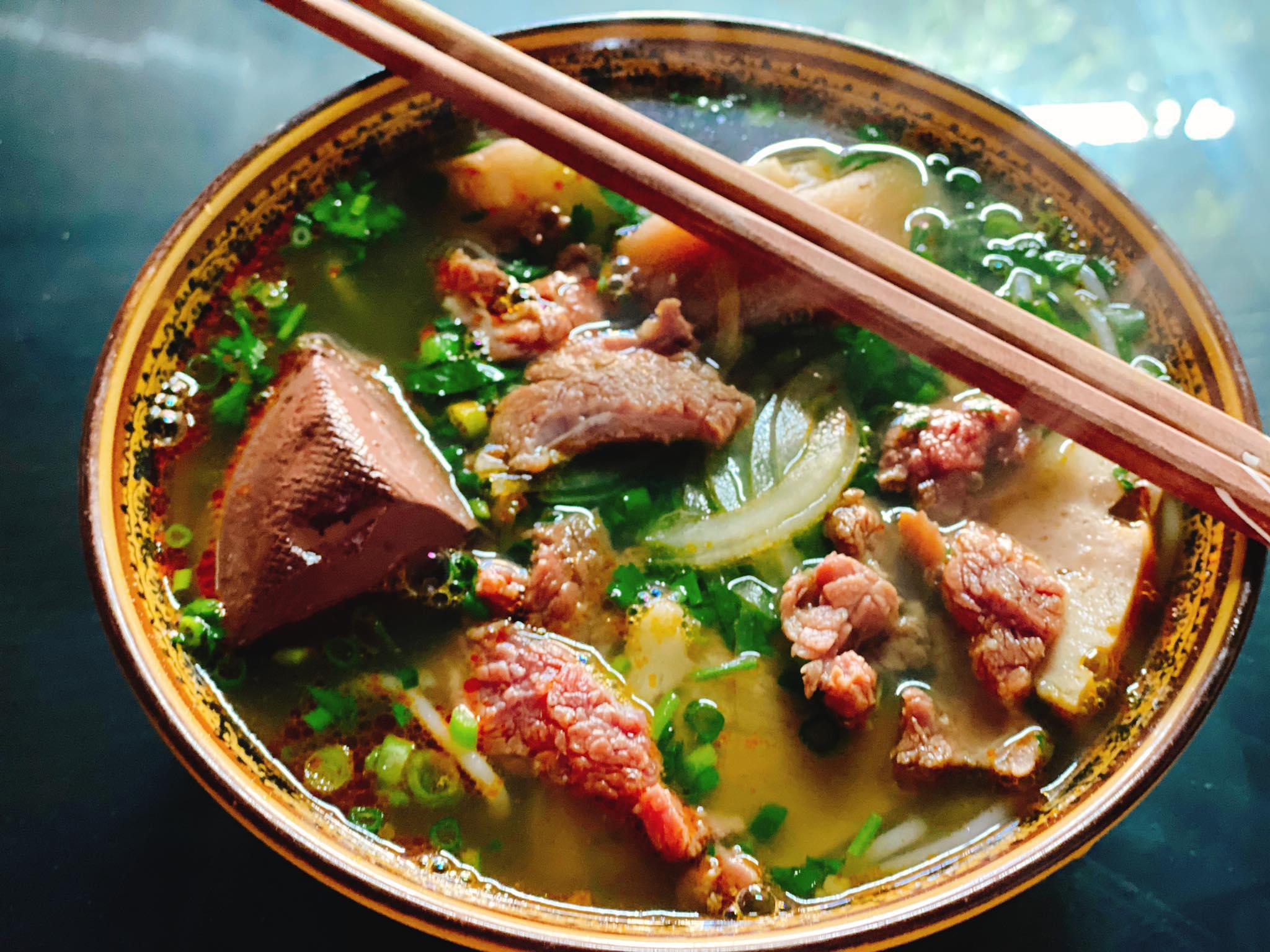Quán ăn Sáng Ngon Bún Bò Huế Sapa (3)